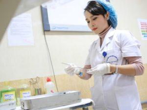Tìm hiểu công việc hàng ngày của điều dưỡng viên bệnh viện