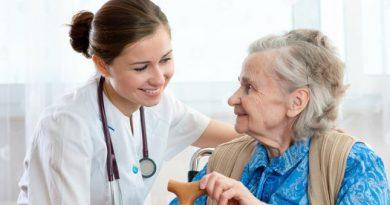 Theo học Điều dưỡng không lo… thiếu việc làm