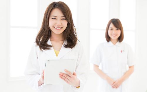 Có phải cứ tốt nghiệp Cao đẳng Điều dưỡng là có việc làm hay không?