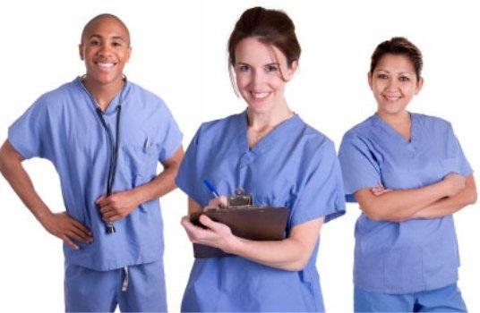 Nên học Điều dưỡng vì xã hội cần, con người cần